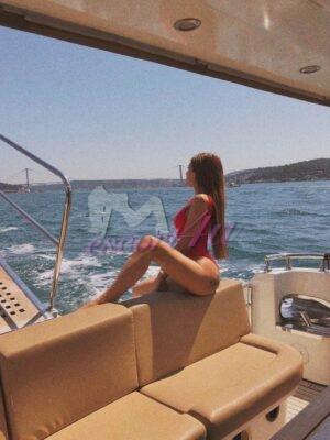 ויטל – הרוסייה הכי הורסת בת 24 בחיפה - נערות ליווי בחיפה, קריות והצפון